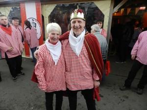 Andrea en Marcel zijn trouwe leden van de Zandvlietse Gans. Marcel was dit jaar uittredend koning bij de veteranen en dat werd reeds gevierd bij het uithalen in De Leeuw van Vlaanderen