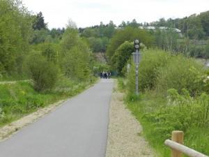 De Vennbahn, een oude spoorweg, is omgevormd tot een schitterende wandelweg die ook geschikt is voor senioren.