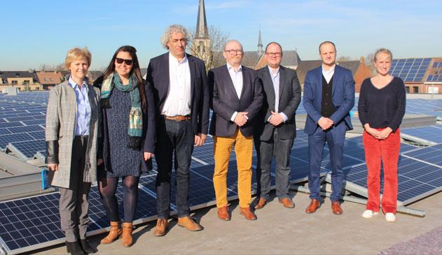 Meer dan 1000 zonnepanelen op het dak van Albert Heijn